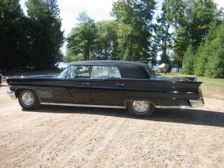 Rare 1960 Lincoln Continental Mk V Hess 7 Eisenhart Formal Sedan photo