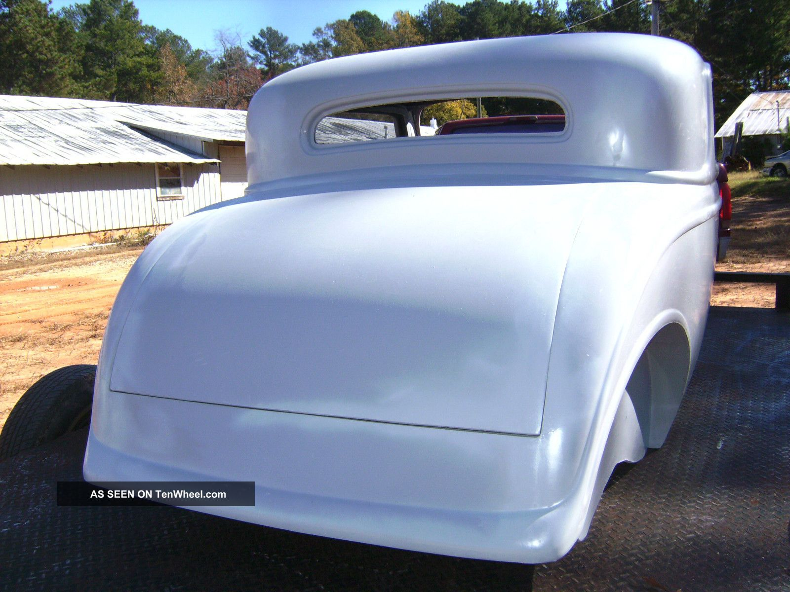 1932 ford three window coupe body project fiberglass body for 1932 ford 3 window coupe fiberglass body