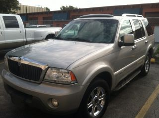 2004 Lincoln Aviator Luxury Sport Utility 4 - Door 4.  6l Expedition Suv Family Tv photo