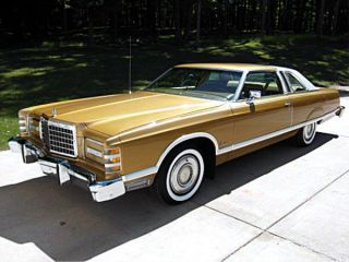 1977 Ford Ltd Landau Hardtop 2 - Door 6.  6l photo