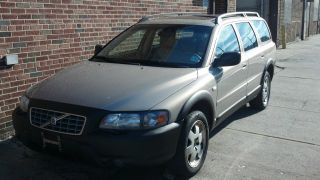 2001 Volvo Xc70 Wagon photo
