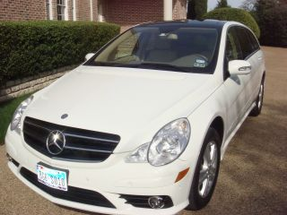 2009 Mercedes - Benz R350 4matic Wagon 4 - Door 3.  5l photo