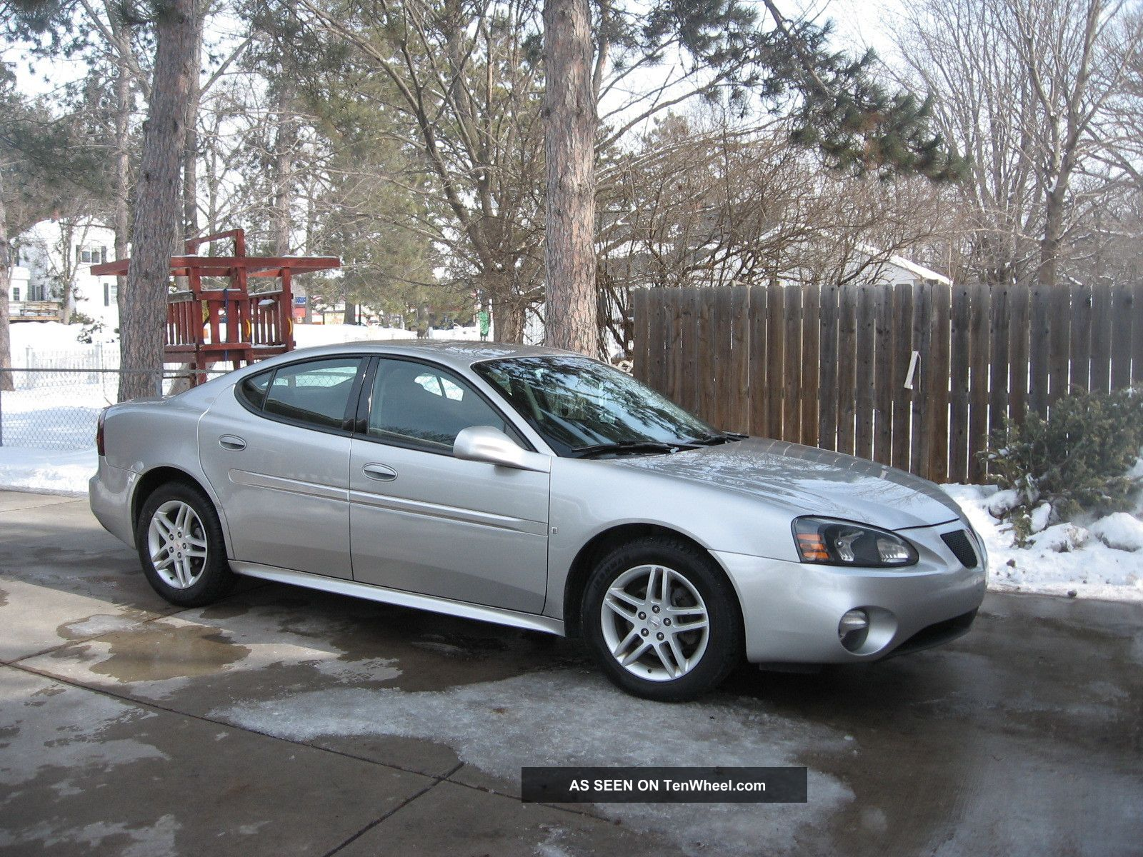 2007 pontiac grand prix gt sedan 4 door 3 8l supercharged. Black Bedroom Furniture Sets. Home Design Ideas