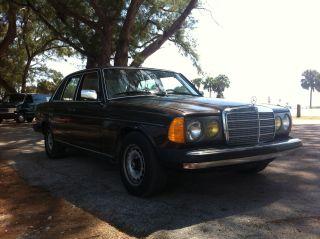 1981 300d W123 109k Brown / Palomino Cocomats Diesel Biodiesel Wvo Svo photo