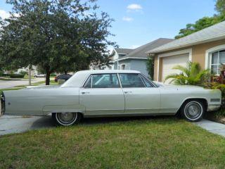 1966 Cadillac Fleetwood photo