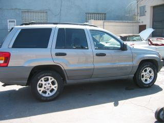 2000 Jeep Grand Cherokee Laredo Sport Utility 4 - Door 4.  0l photo