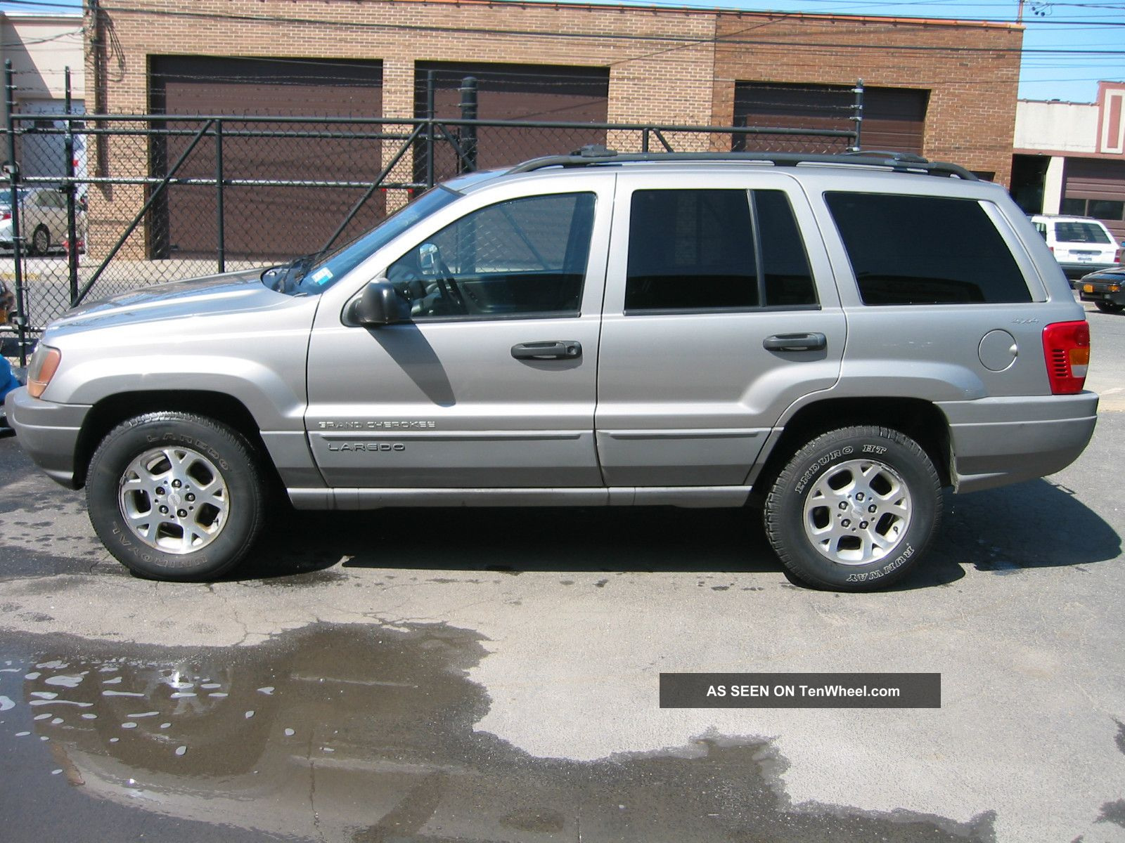 2000 jeep grand cherokee laredo sport utility 4 door 4 0l. Black Bedroom Furniture Sets. Home Design Ideas
