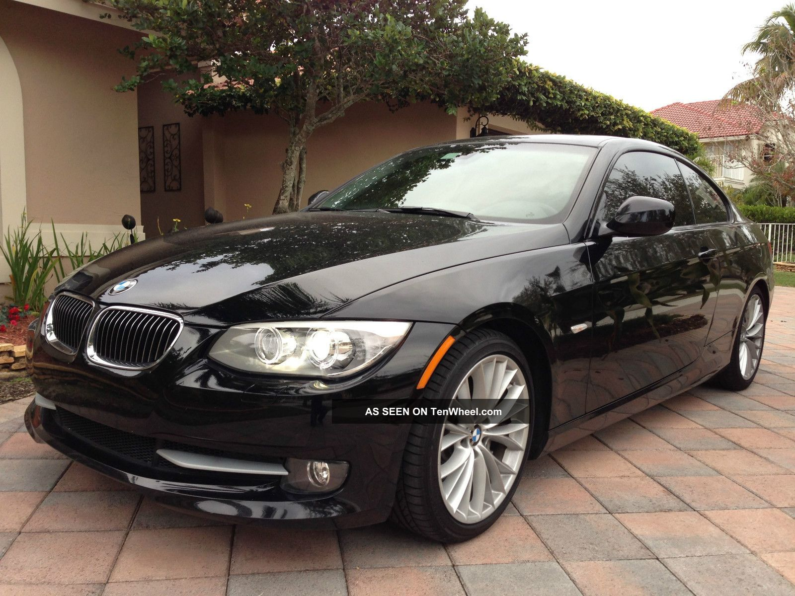 2011 Bmw 335i Coupe 2 - Door 3.  0l Turbo With Premium Package 3-Series photo