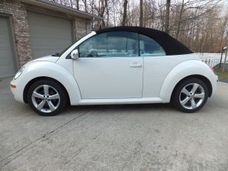 2007 Vw Beetle Convertible Rare White On White photo