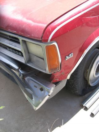 1988 Dodge Dakota Le Standard Cab Pickup 2 - Door 3.  9l photo