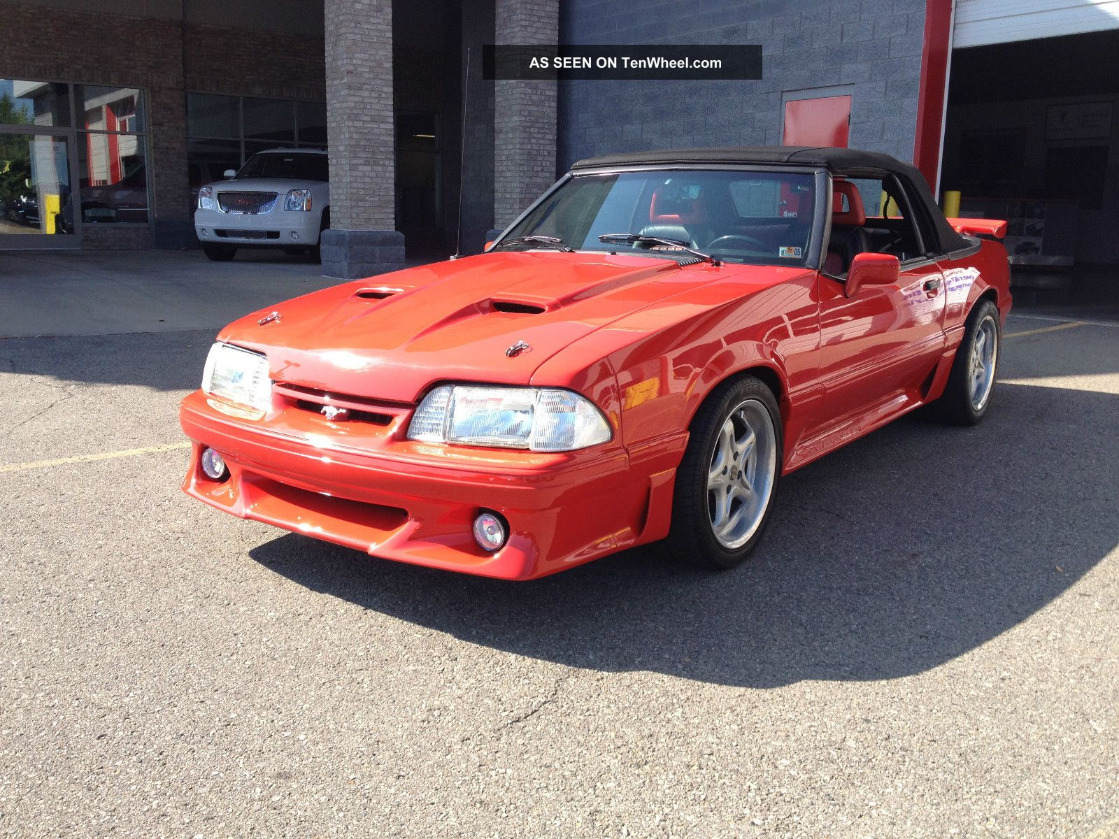 1988 Ford Mustang Gt Convertible 2 - Door 5.  0l Mustang photo