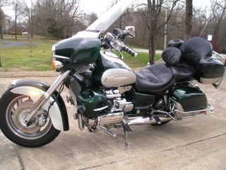 Honda Valkyrie 1500 Interstate 1999 Chromed Out photo