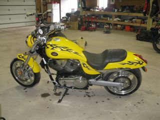 2006 Victory Hammer S photo
