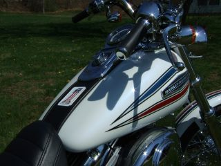 Harley - Davidson 2006 35th Anniversary Glide photo