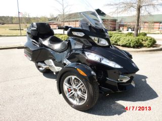 2010 Can - Am Spyder Rt - S Sm5 photo