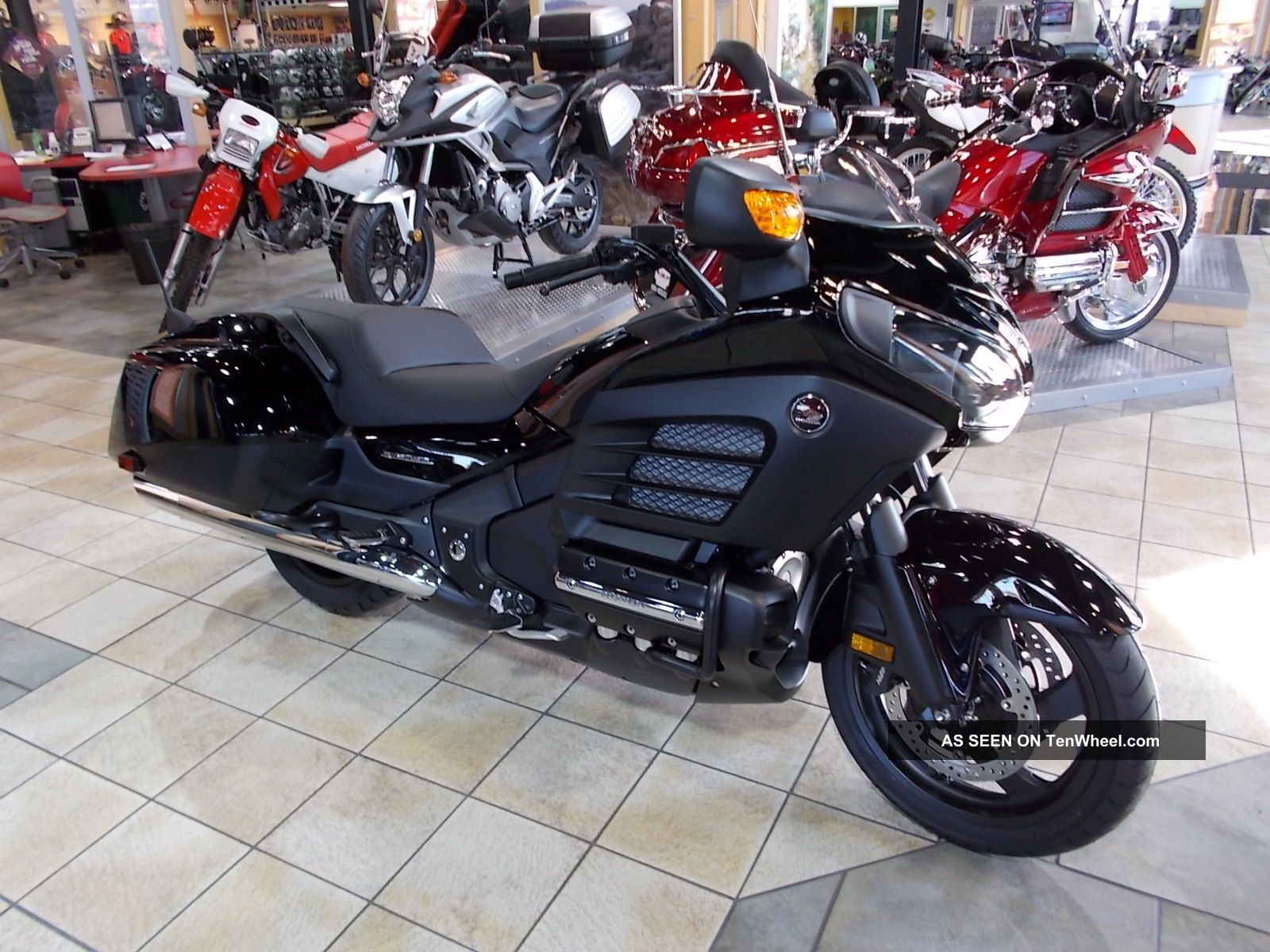 Custom Honda Goldwing F6B 1600 x 1200 · 342 kB · jpeg