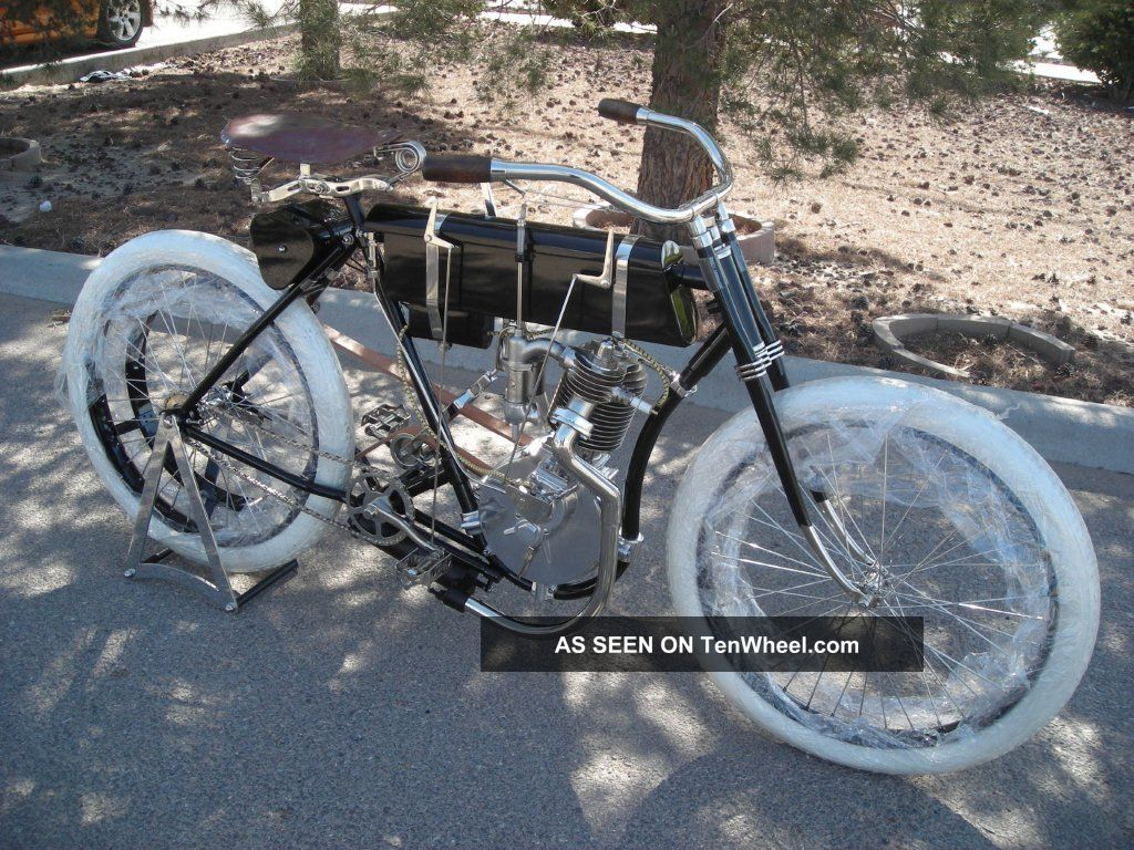 Vintage Motorcycle Replicas 10