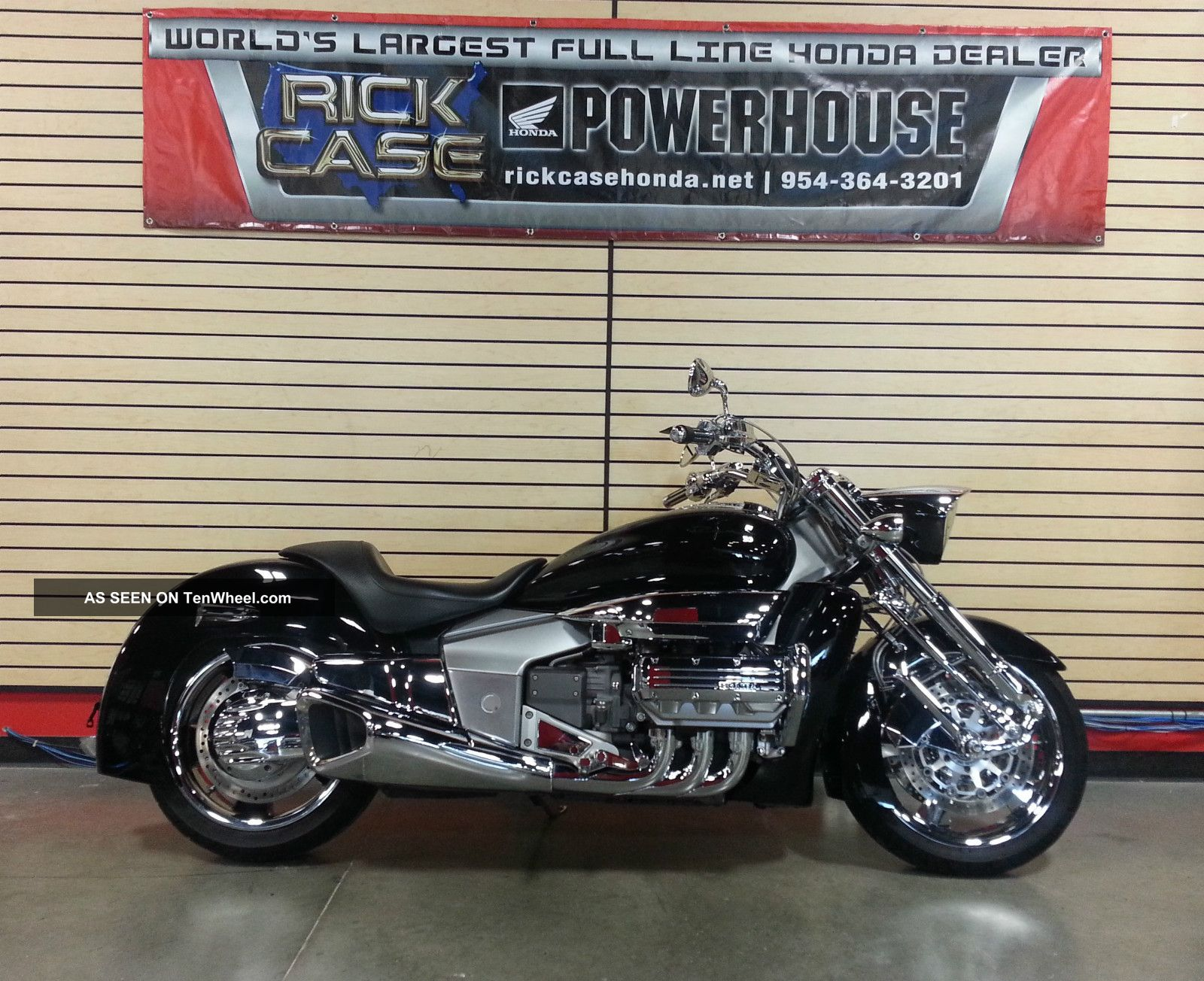 2005 Honda Vtx 1300r Cruiser 75274 furthermore Motorcycle Brand List 19 4 furthermore Honda 2003 Hawaii moreover 2005 Honda Vtx 1300 R 258776 together with Sum2010. on silver vtx 1800c