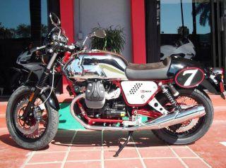 2013 Moto Guzzi V7 Racer photo