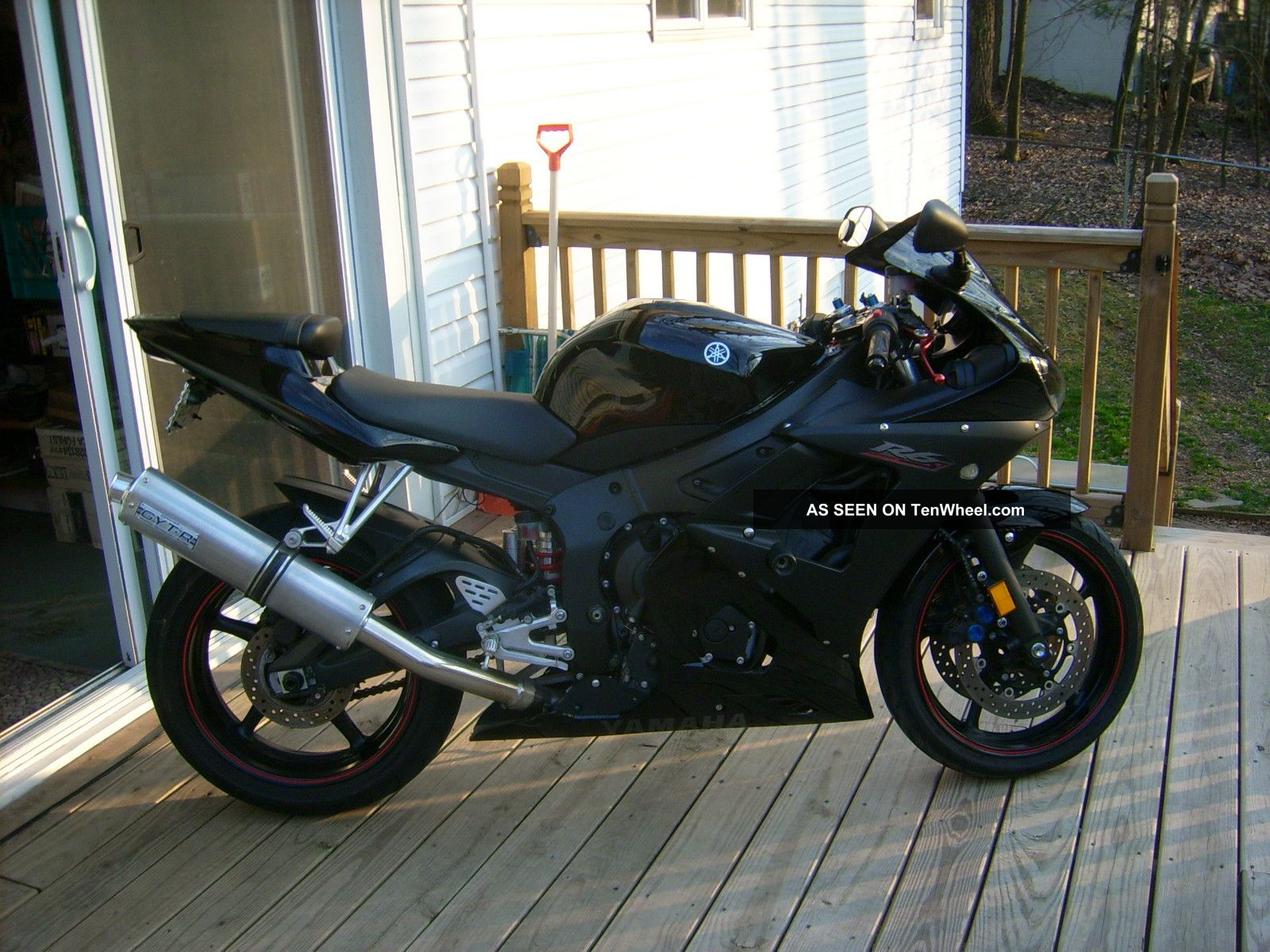 2006 Yamaha R6s R6 Raven YZF-R photo