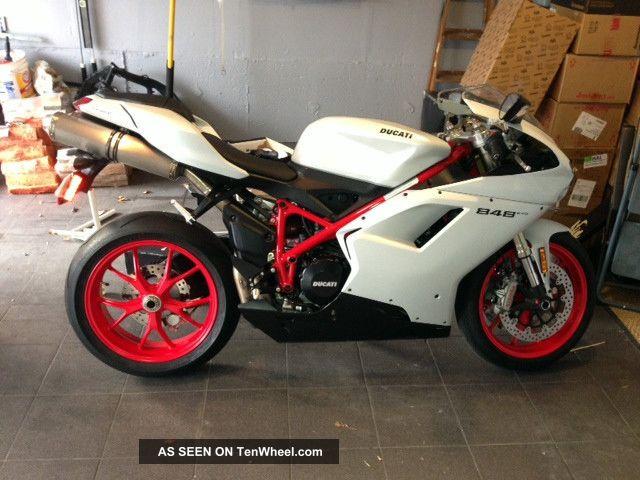 Ducati 848 Evo 2011 Never Dropped 1500miles Superbike photo