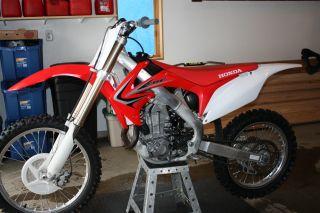 2012 Honda Crf 450r Motorcycle photo