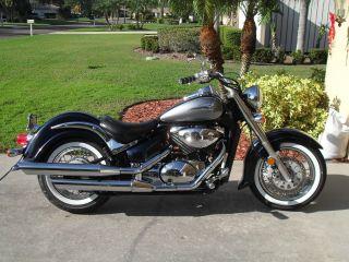 2004 Suzuki 800cc Motorcycle photo