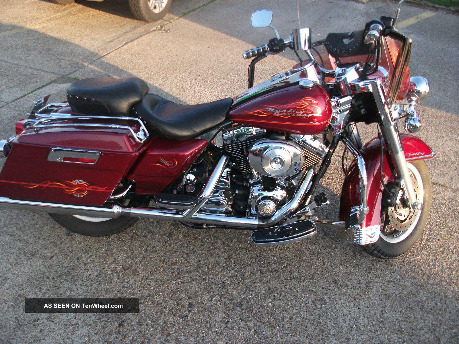 2001 Harley Davidson Road King Touring photo