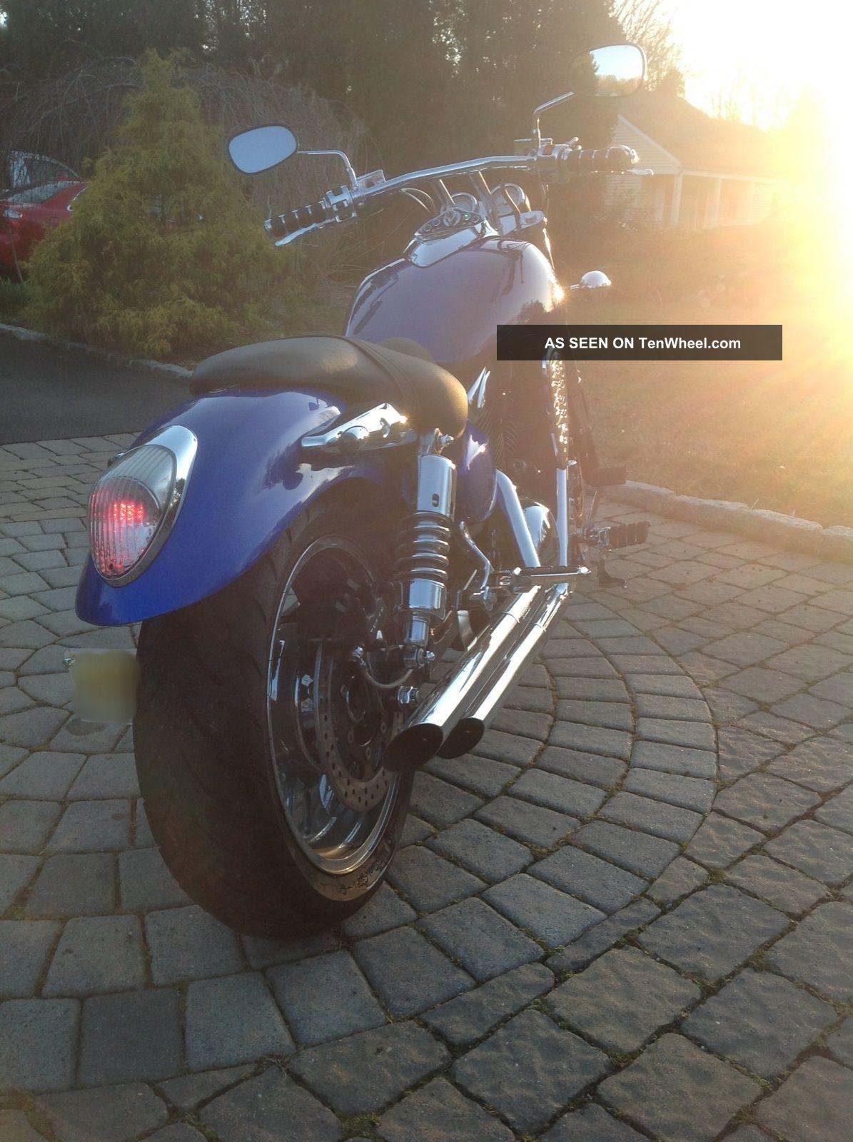 2004 Kawasaki Mean Streak Vn1600b Vulcan photo