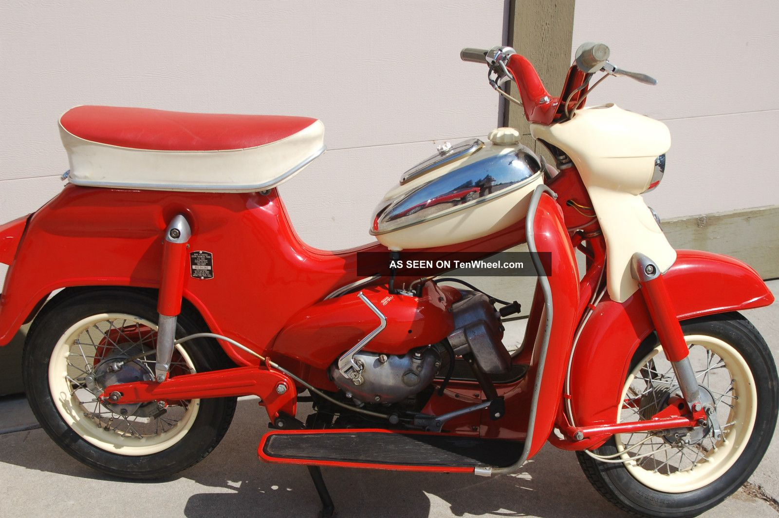 1961 Puch Cheetah Scooter,  Red,  Collectible,  Classic,  Moped Other Makes photo