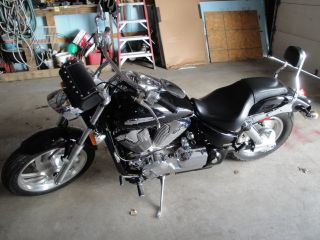 Honda Vtx1300r Motorcycle 2007 photo