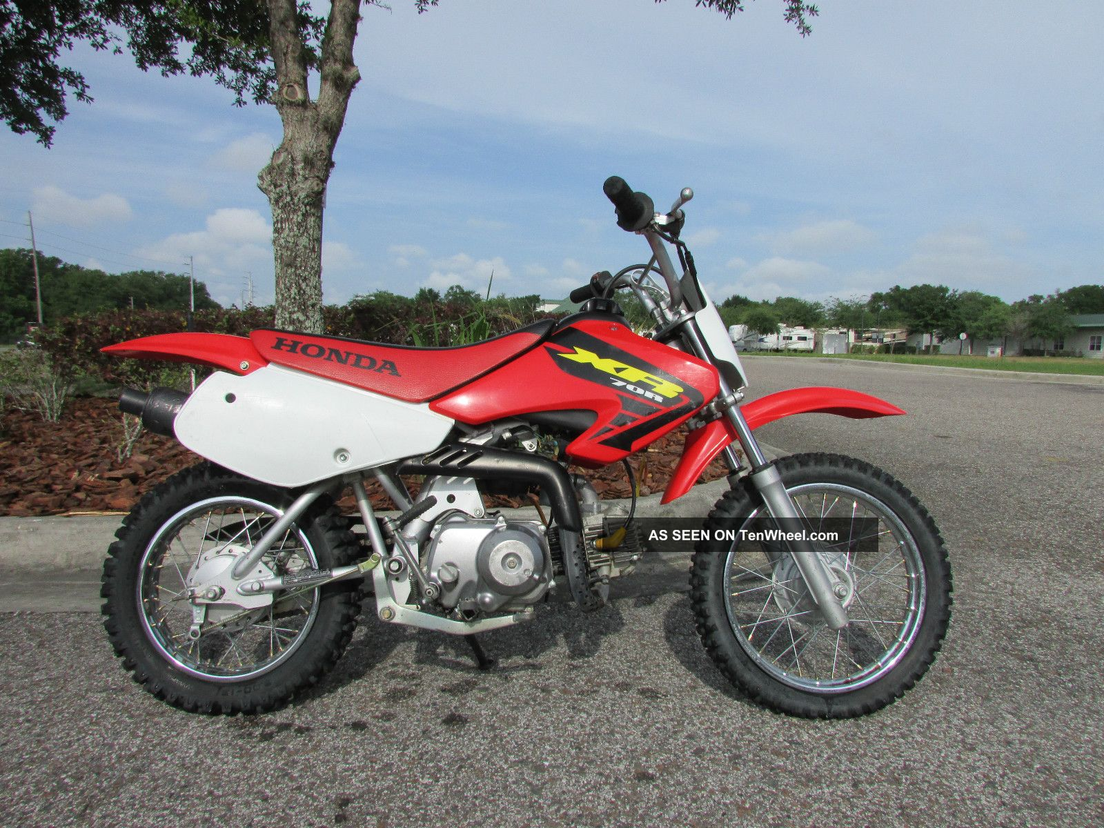 2002 Honda Xr70 Pit Bike Youth Bike Mx Crf. . . . . . . . . . on