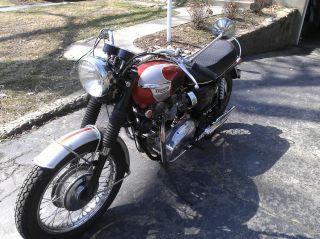 1969 Triumph Bonnevillet120 photo