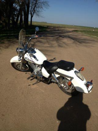 2005 Honda Shadow Aero 750 photo