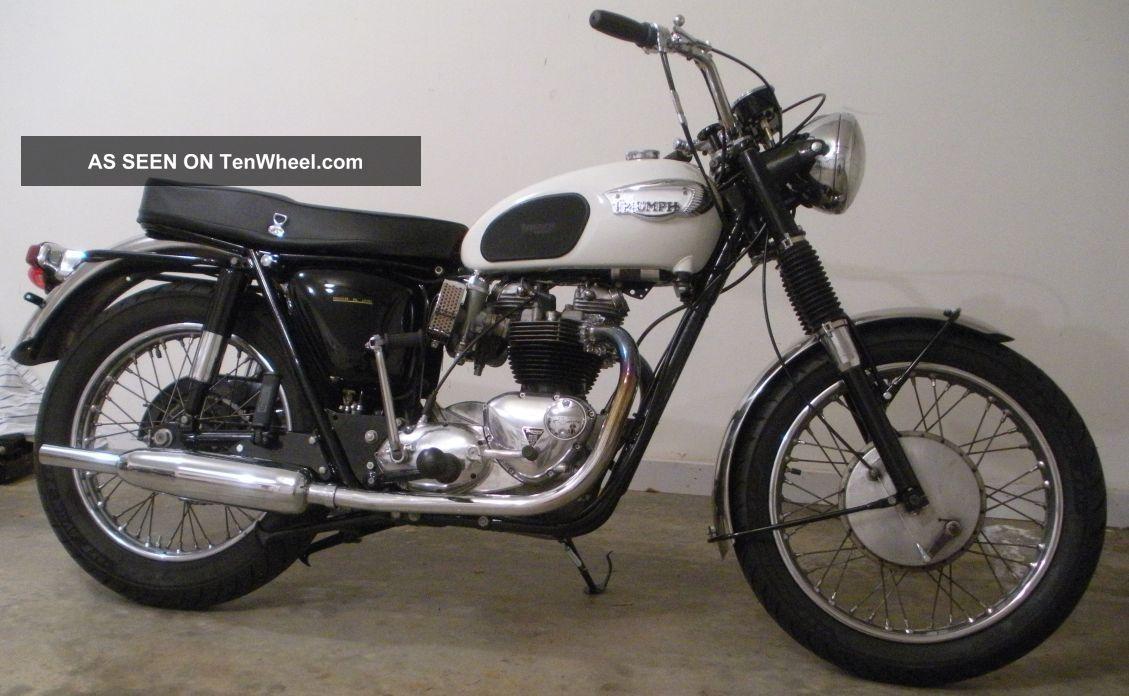 1966 Triumph Bonneville Motorcycle