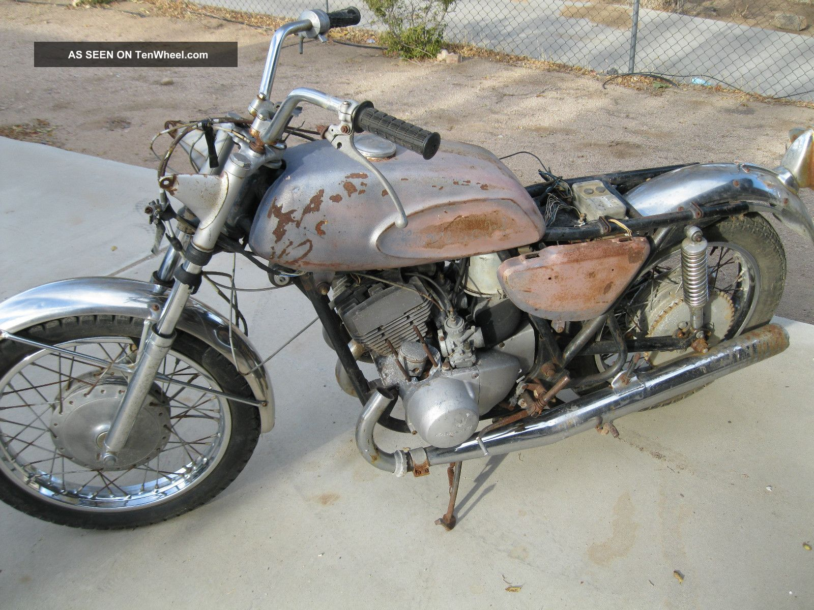 1969 Kawasaki H1 Mach Iii 500 Triple Blue Streak Vintage Project For Restoration Other photo