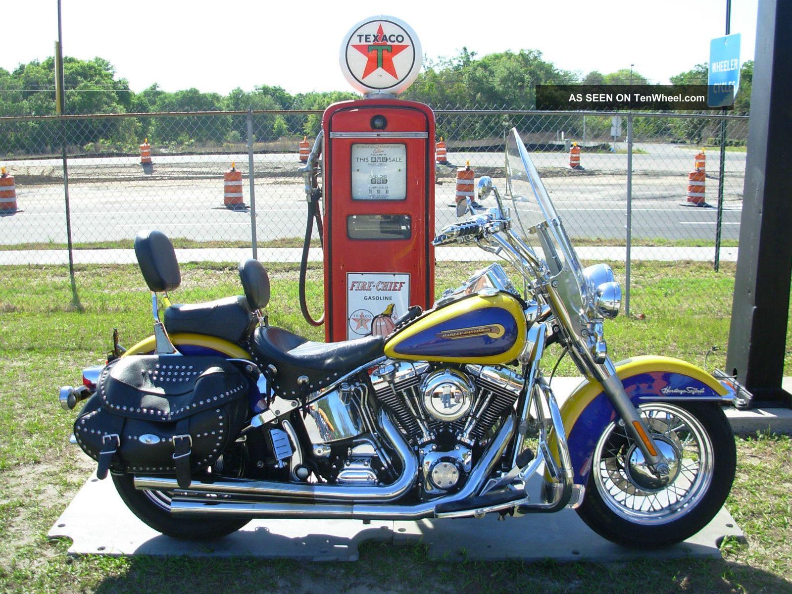 2004 Flstci,  Harley Davidson Heritage Softail Classic Softail photo