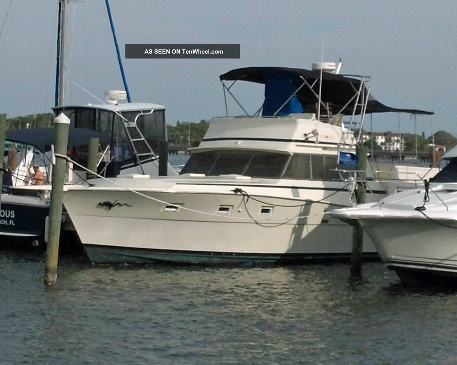 cabin cruisers for from specified sale cruiser boats winner not offshore cabins