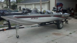 2008 Bass Tracker Crappie Addition photo