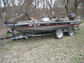 2002 Bass Tracker Pro 175 photo