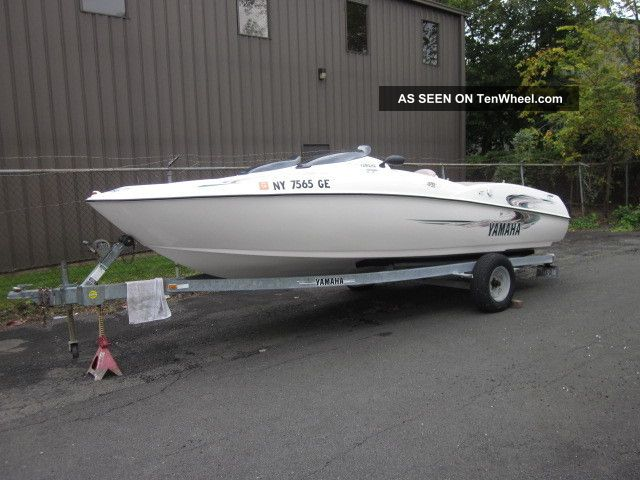 2000 Yamaha Ls 2000 Jet Boats photo