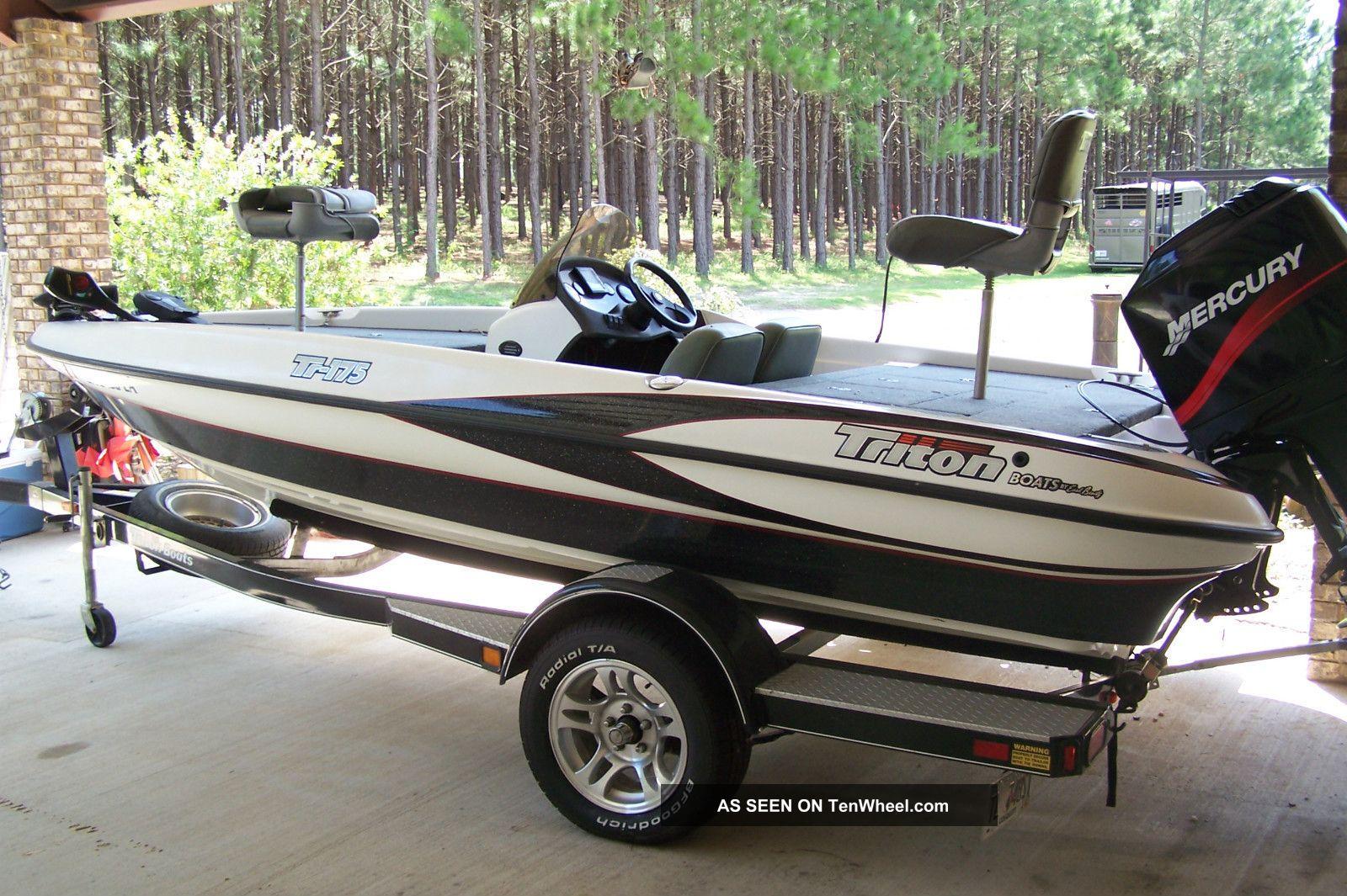 2002 Triton 175 Bass Fishing Boats photo