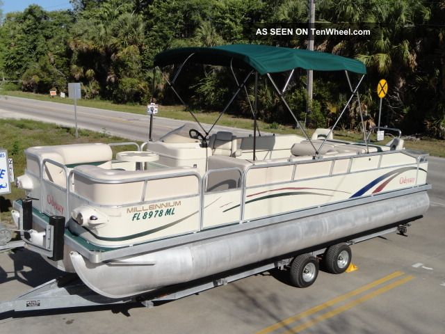 2004 Odyssey Pontoon 2310 Tri - Toon Pontoon / Deck Boats photo