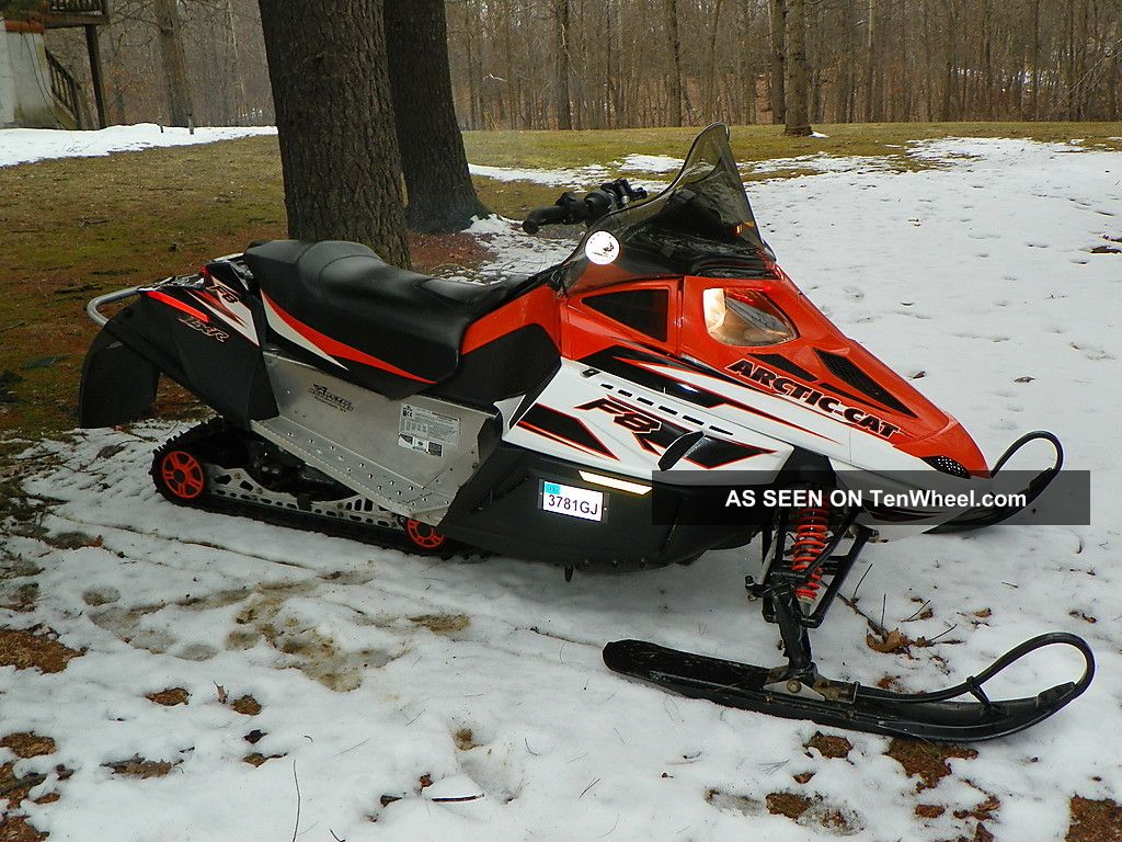 arctic cat f8