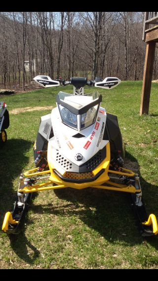 2010 Ski - Doo Mxzx Rs photo