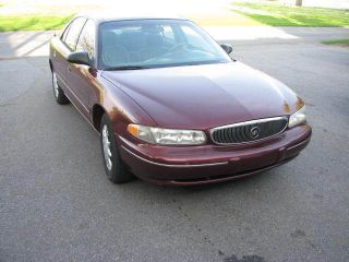 1999 Buick Century Custom Sedan 4 - Door 3.  1l photo