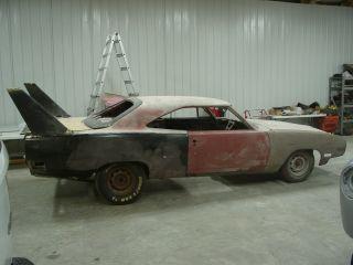 1970 Plymouth Roadrunner Superbird Project 440 Big Block 4 Speed Nascar Hemi photo