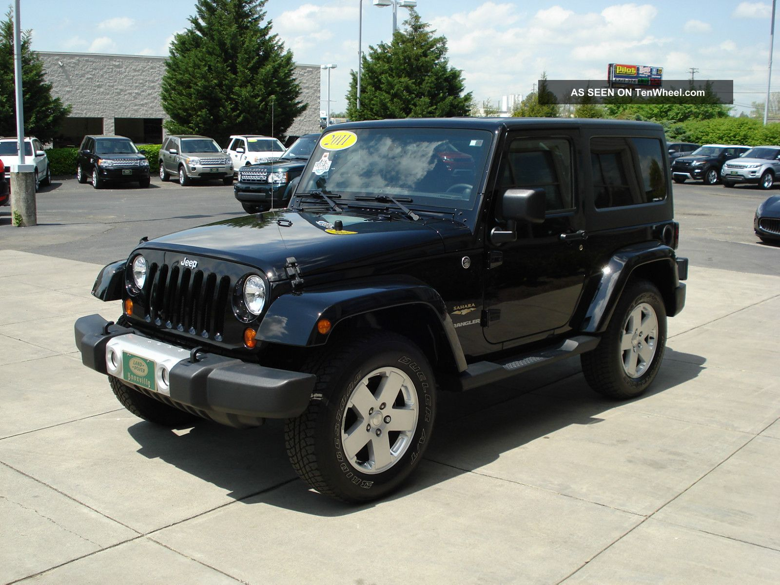 2011 jeep wrangler sahara sport utility 2 door 3 8l remote start xm. Black Bedroom Furniture Sets. Home Design Ideas