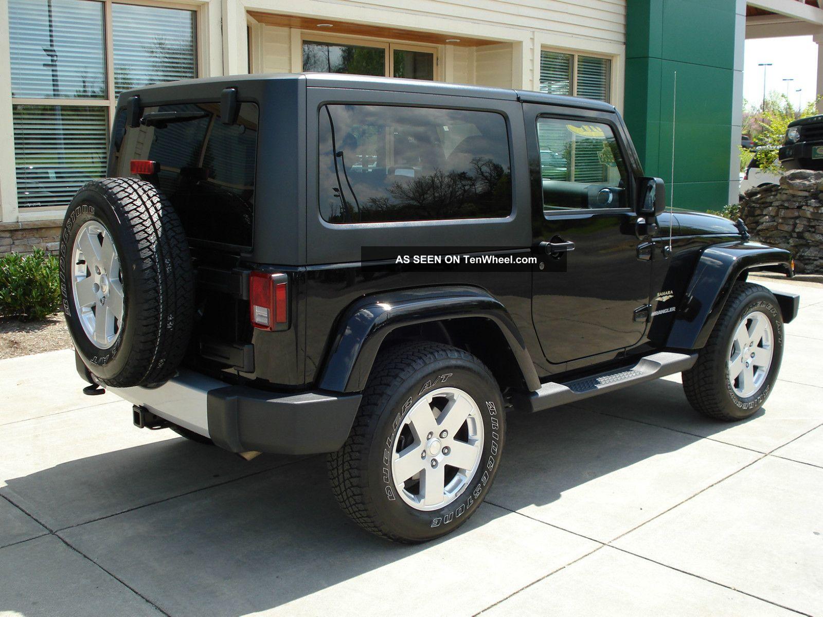2011 jeep wrangler sahara sport utility 2 door 3 8l remote start xm. Black Bedroom Furniture Sets. Home Design Ideas