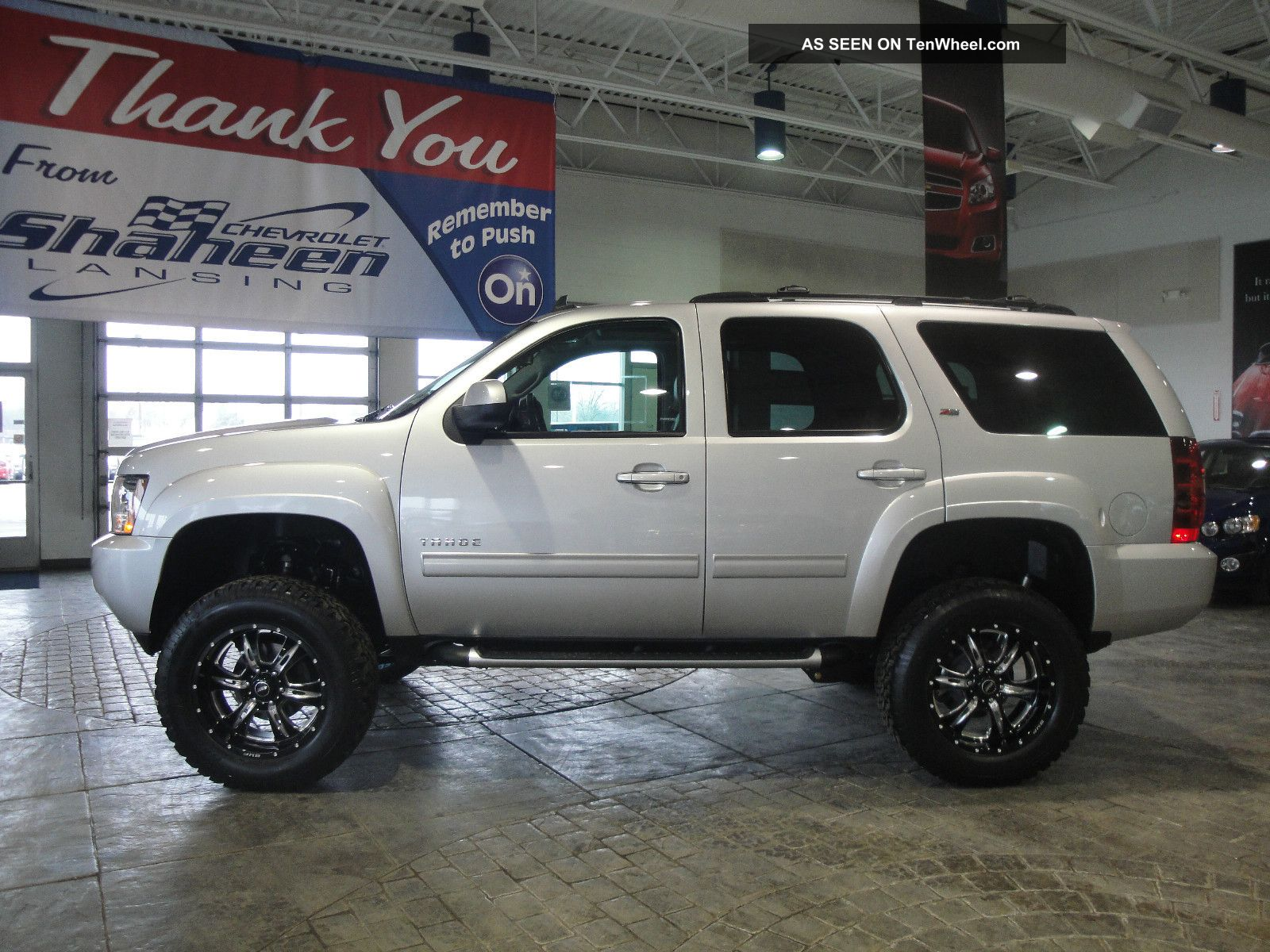Chevy Tahoe Lifted Pictures to pin on Pinterest